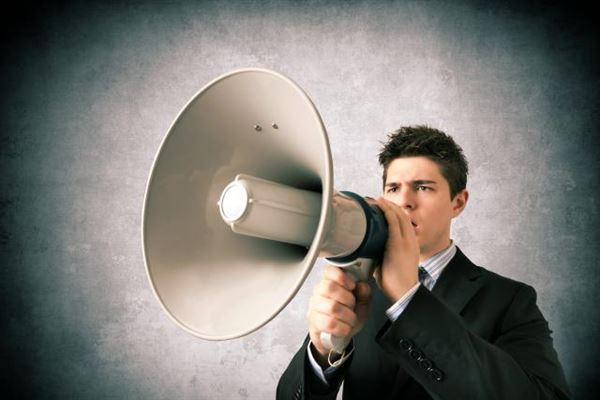 現金化業者の評価を不当にあげるための口コミ