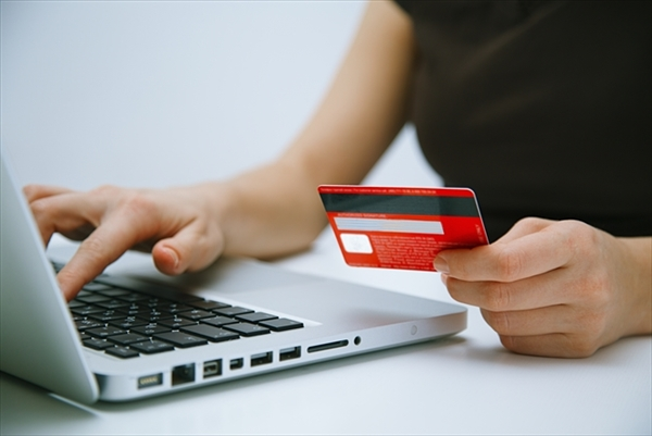 現金化でクレジットカードの取り扱いには注意
