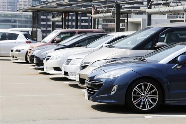 札幌のクレジットカード現金化業者は駐車場完備